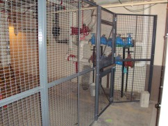 Wirecrafter Cage With Panic Bar